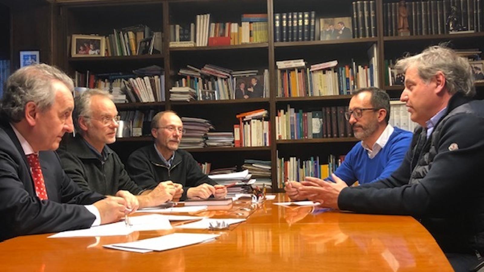 Un moment de la trobada entre Progressistes-SDP i representants de l'Acoda. / PPROGRESSISTES-SDP