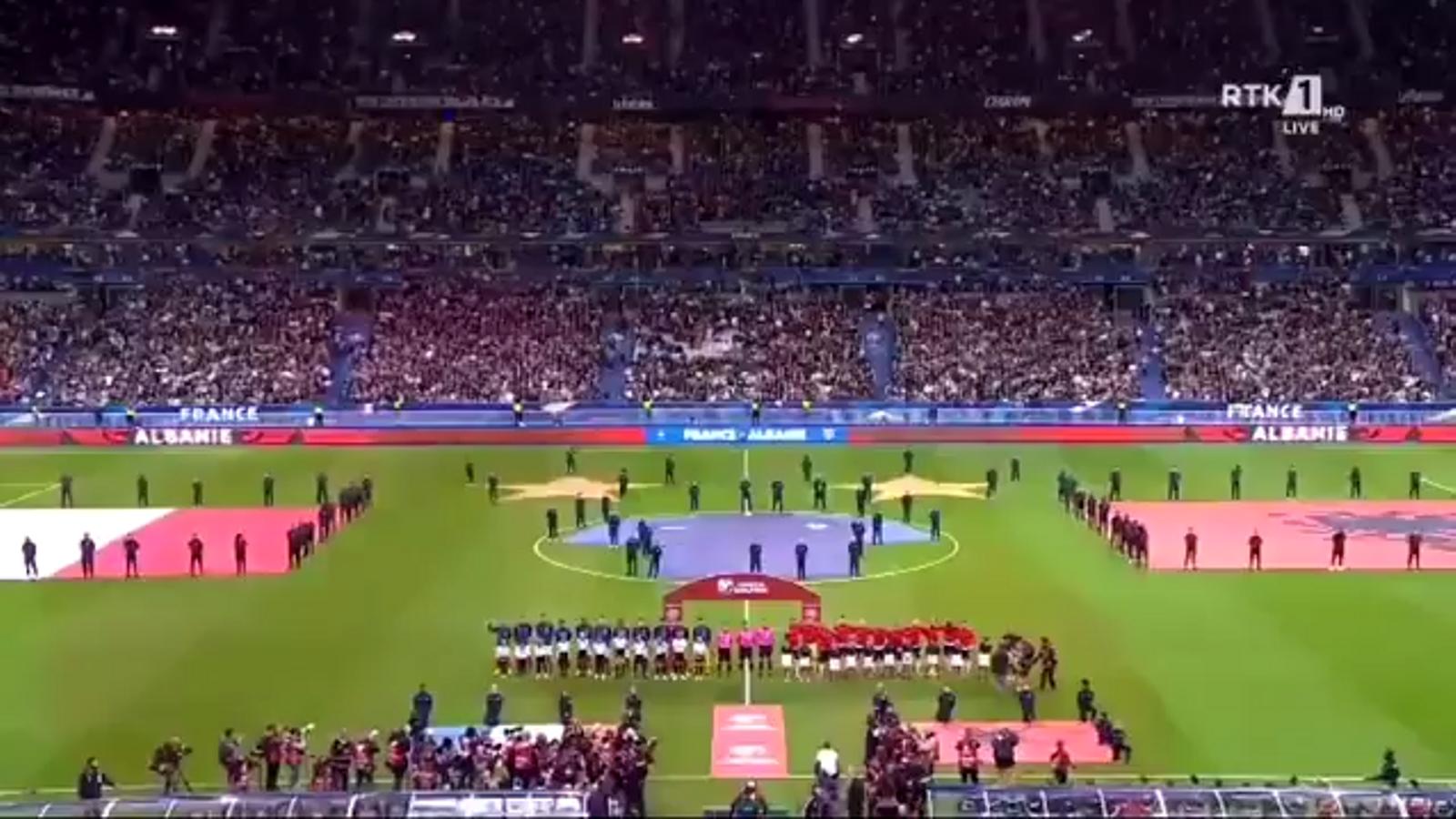 França toca l'himne nacional d'Andorra i futbolistes d'Albània no van voler jugar