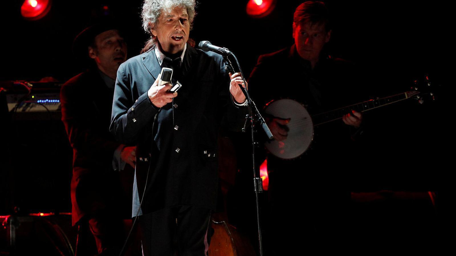 Bob Dylan estira el fil del gran cançoner nord-americà