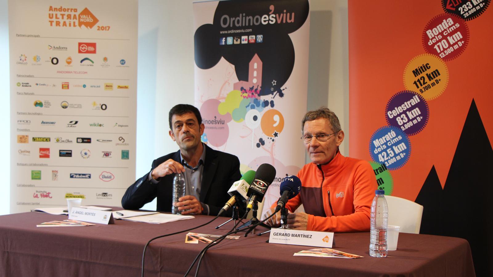 El cònsol major d'Ordino, Josep Àngel Mortés, i el director tècnic de la cursa AUTV, Gerard Martínez, en un moment de la roda de premsa. / L. M. (ANA)