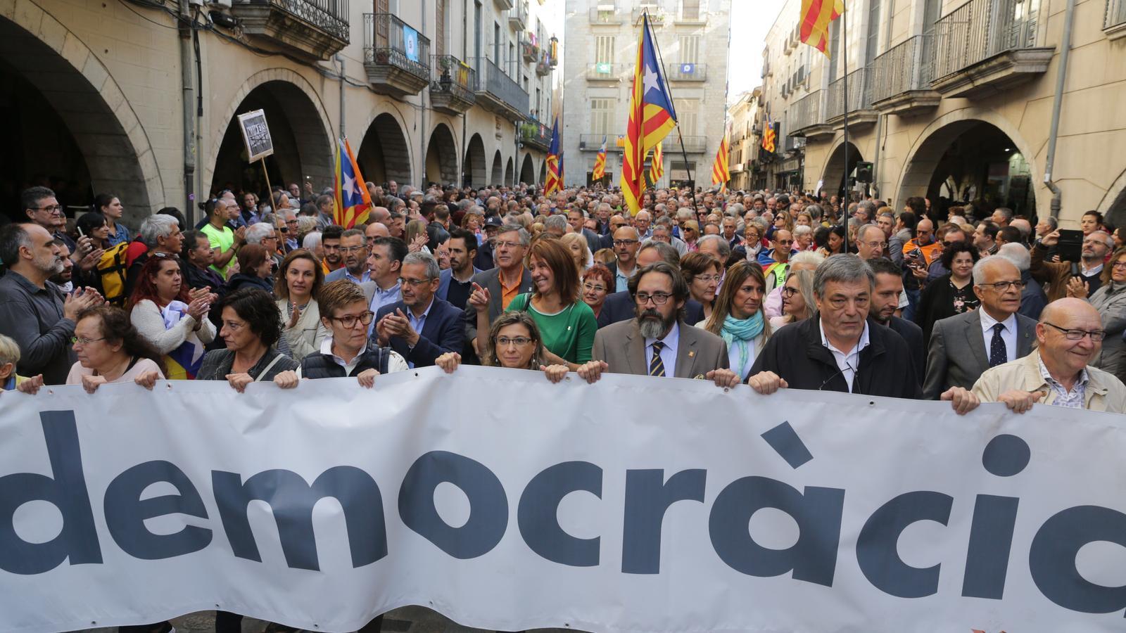 16 alcaldes més es neguen a declarar a la fiscalia per l'1-O i el de Sabadell no s'hi presenta