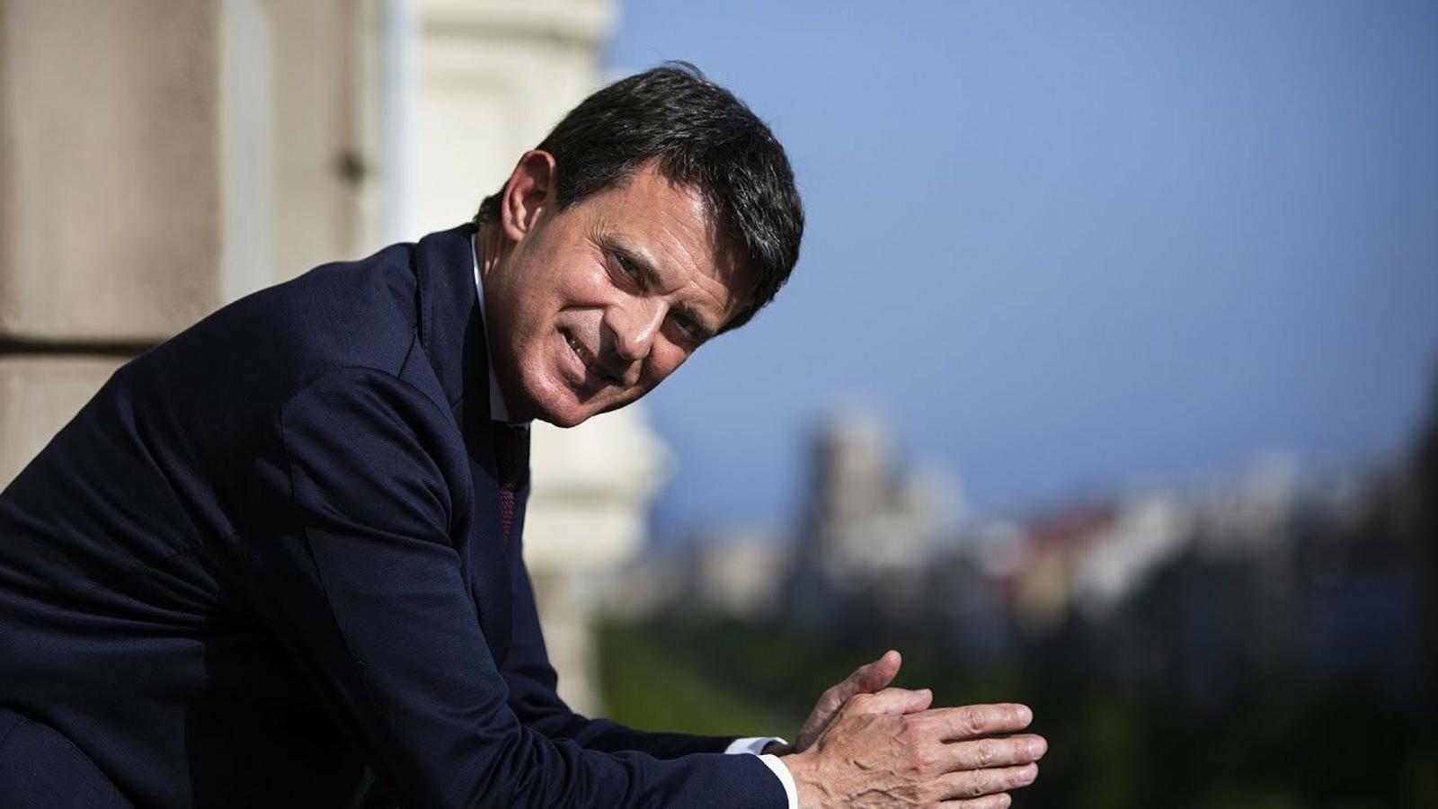 """Manuel Valls: """"Tens uns drets quan ets immigrant, però no pots ocupar l'espai públic"""""""