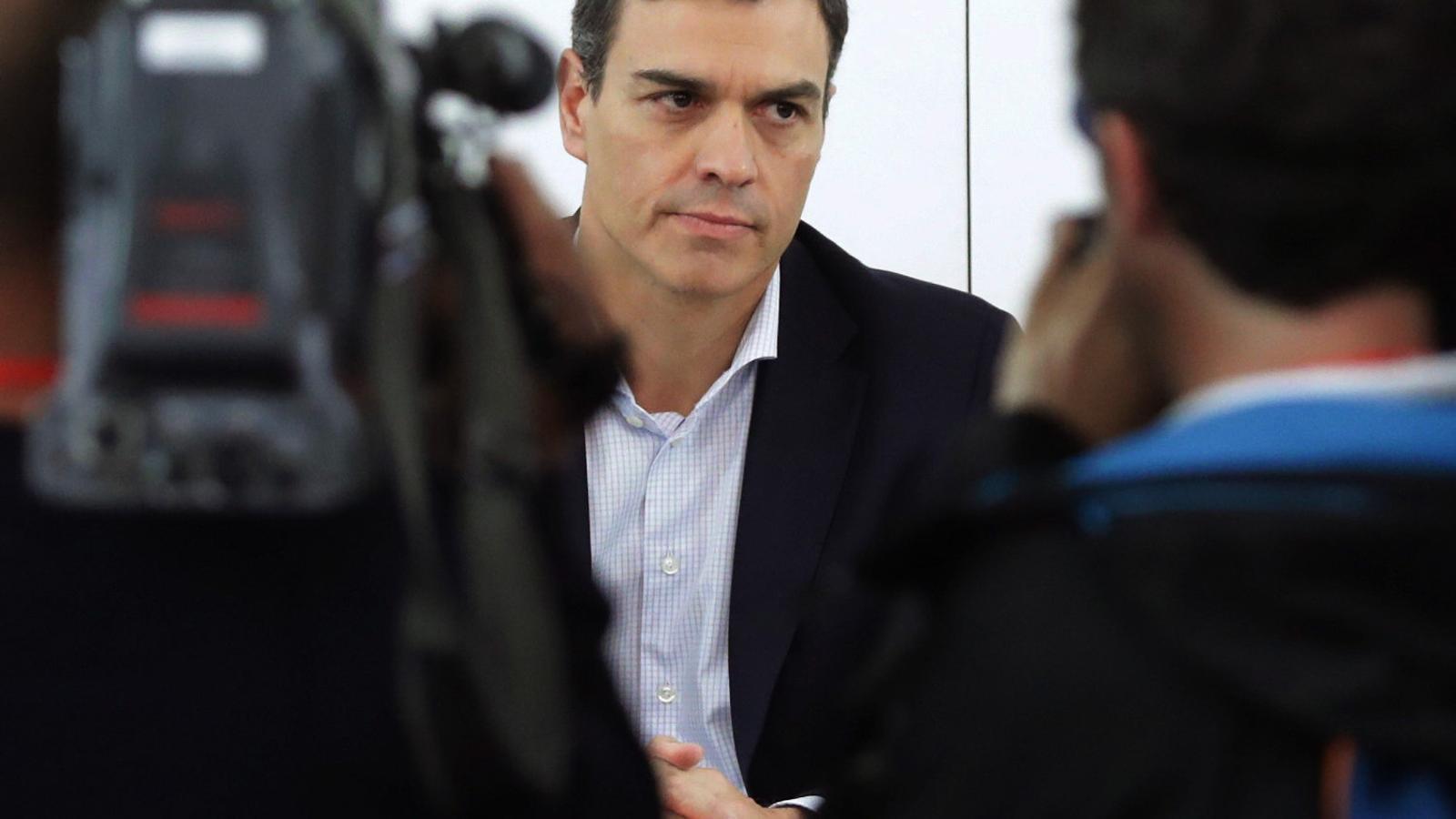 Pedro Sánchez ahir, abans de comparéixer a Ferraz per explicar els motius de la moció.