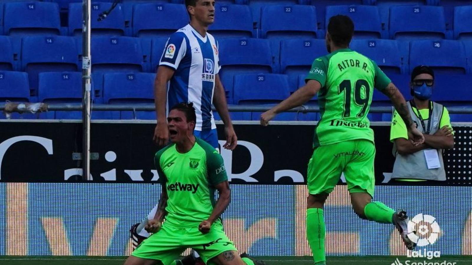 Jonathan Silva celebra el gol de la victòria del Leganés a Cornellà-El Prat
