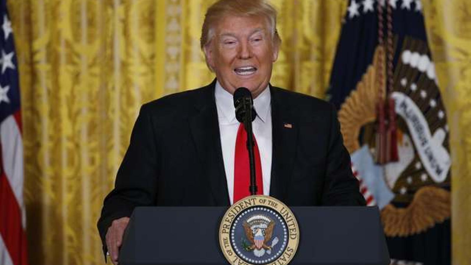 """Trump: """"He heretat un desastre"""""""