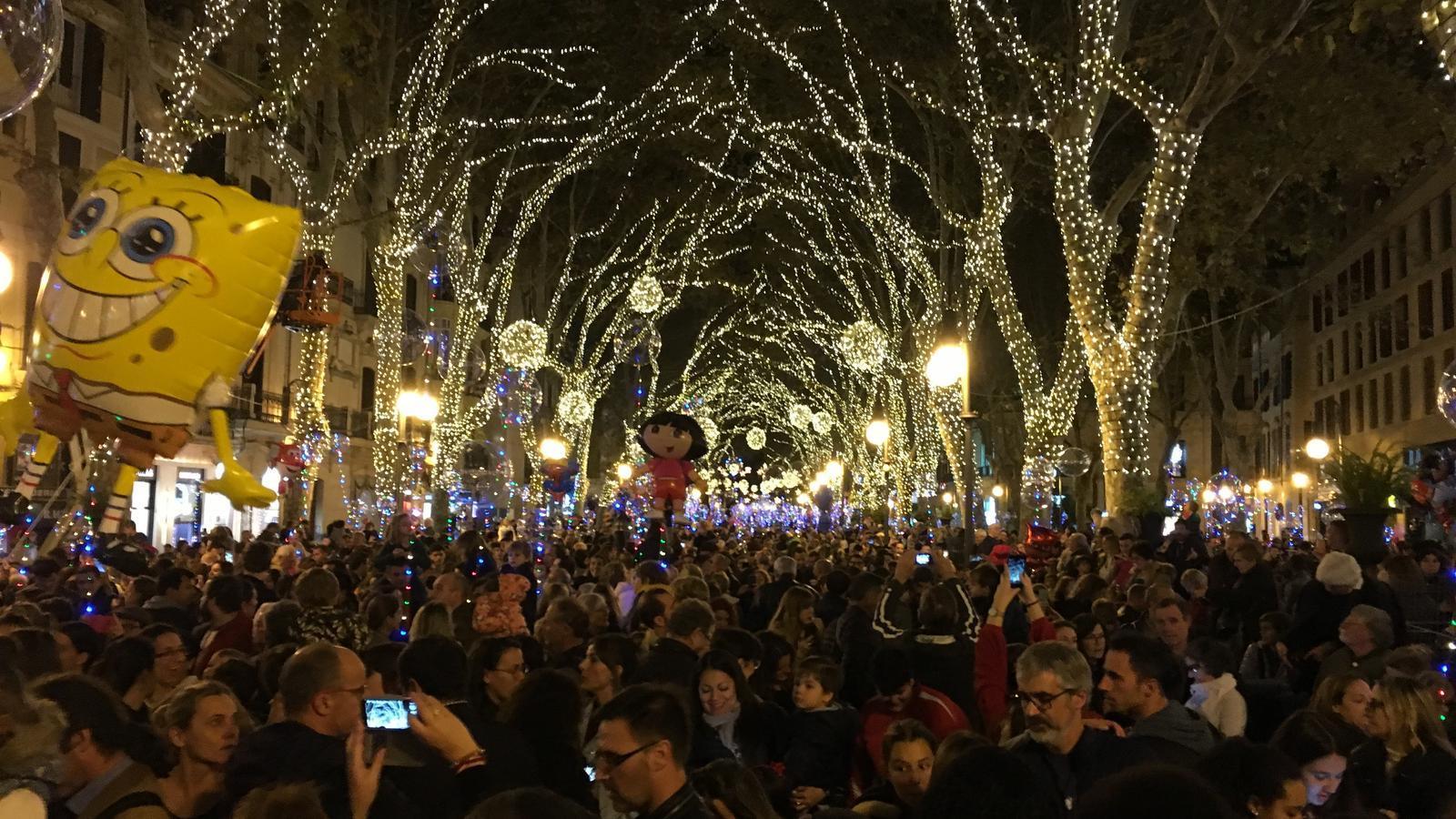Moment de l'encesa dels llums de Nadal a Palma.