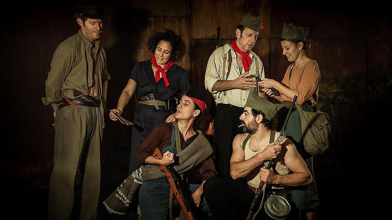 Els actors Albert Mèlich, Lluqui Herrero, Carles Molinet, Maria Bauçà, Rosa Serra i Rodo Gener.