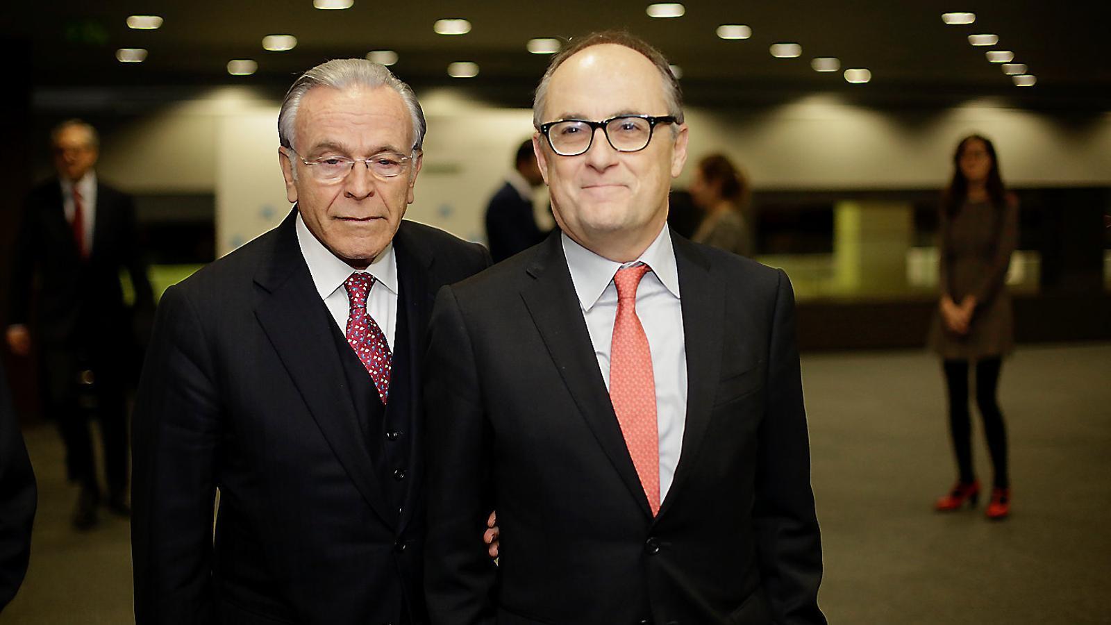 Isidre Fainé ahir acompanyant Fernando Restoy, antic subgovernador del Banc d'Espanya.
