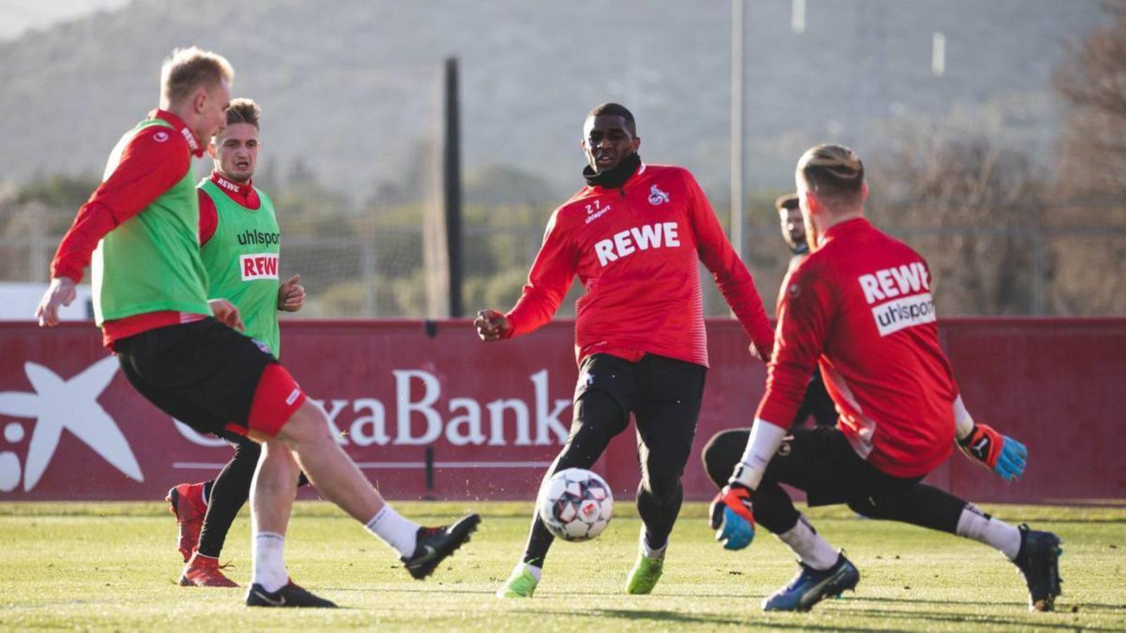 Ante Budimir debuta en un partit amistós contra el FC Köln