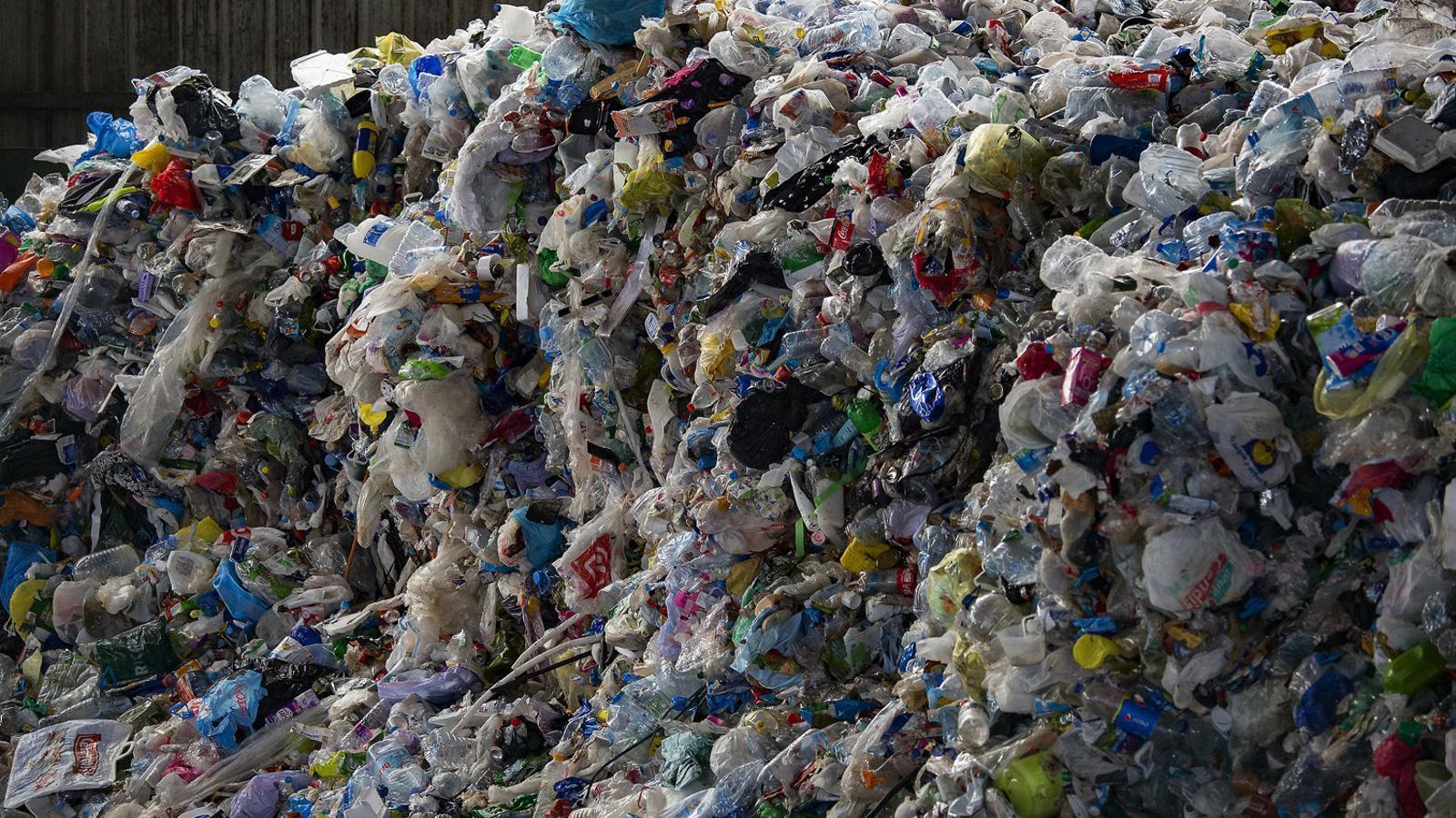 A Balears, pràcticament s'ha duplicat la quantitat de residus plàstics recollits els darrers set anys.