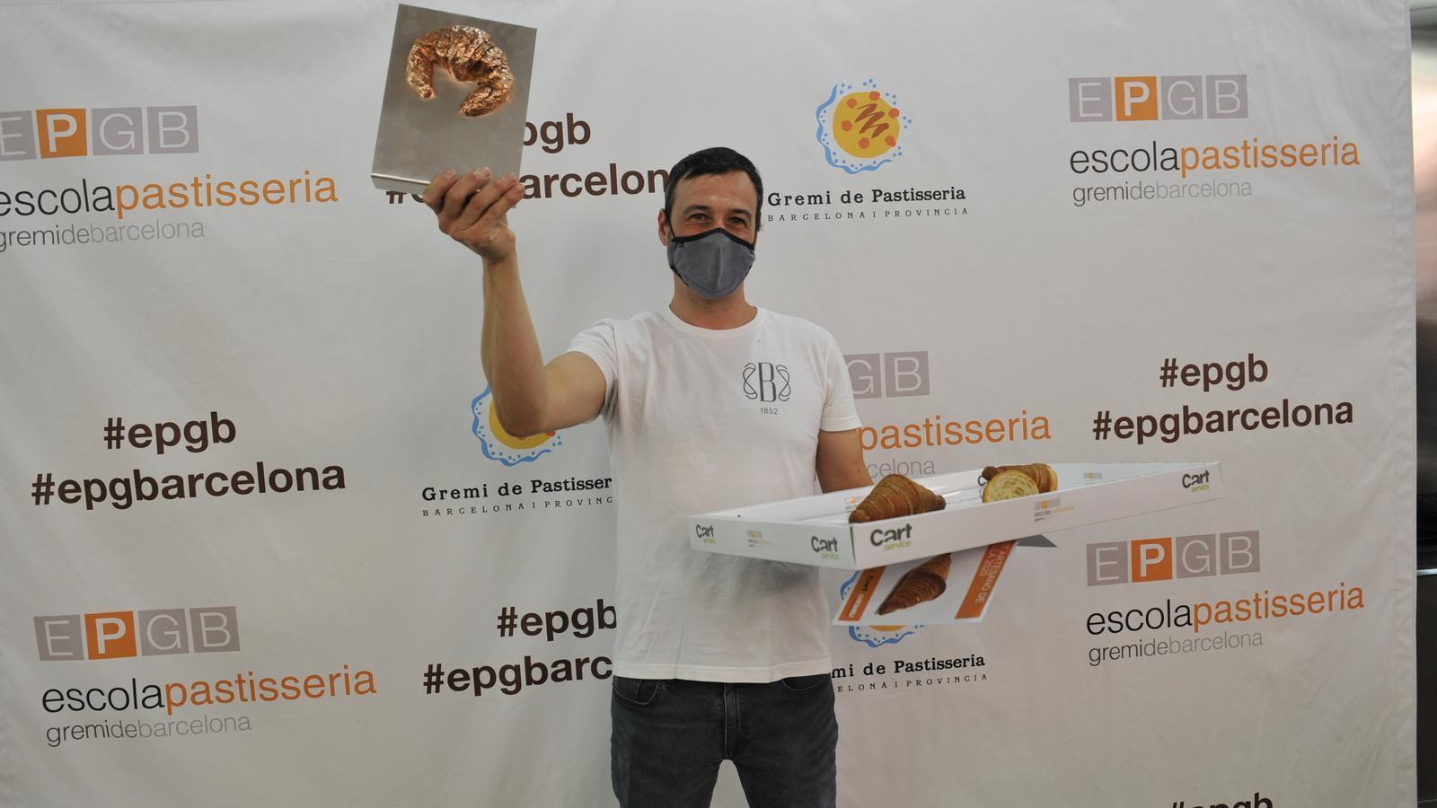 El pastisser Andreu Sayó amb el premi