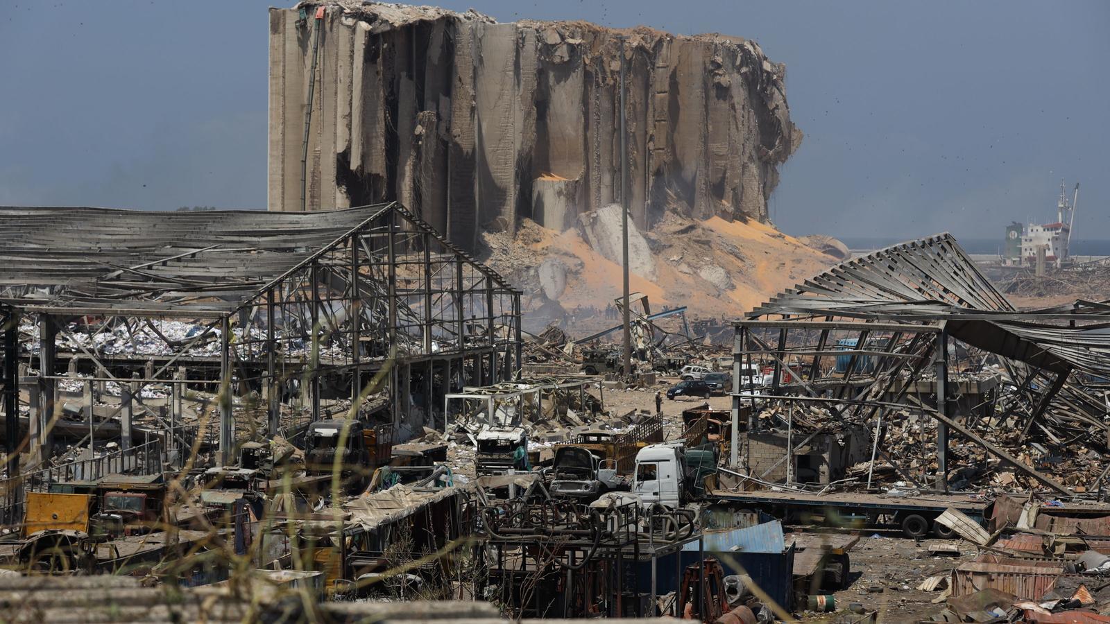 Panoràmica del port de Beirut, totalment destruït