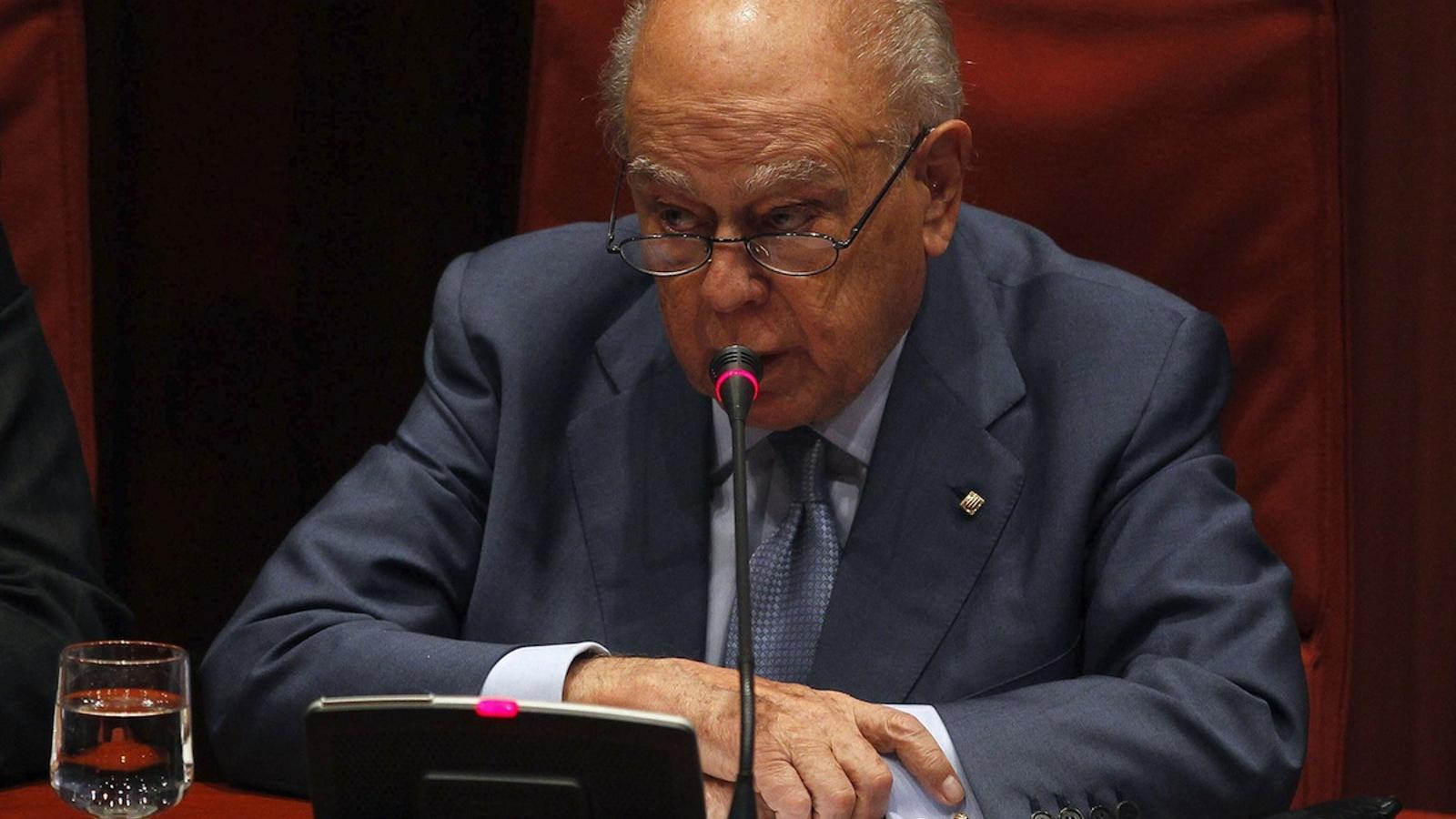 Pujol declara al Parlament / EFE
