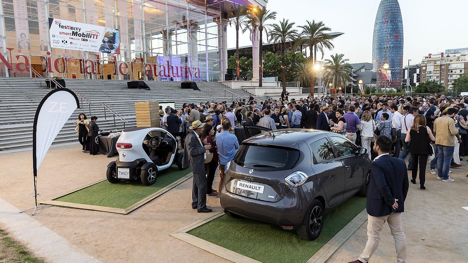 La Festibity va debatre ahir sobre les possibilitats de la mobilitat sostenible.