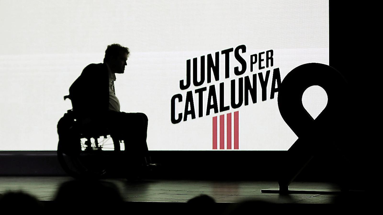 Degoteig de baixes al PDECat per l'enfrontament amb Puigdemont