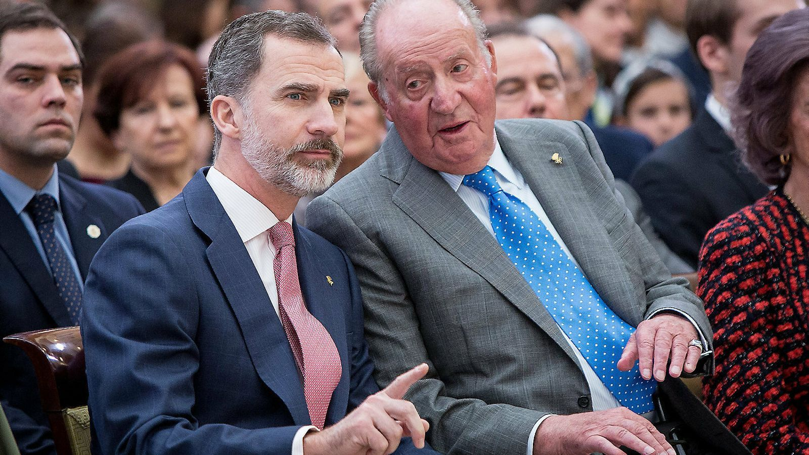 Juan Carlos I en un acto con su hijo, el rey Felipe VI