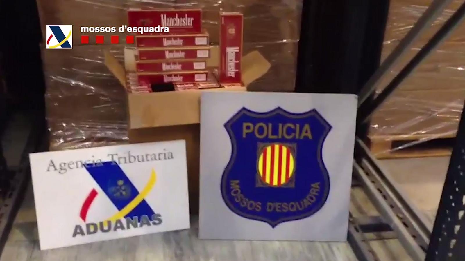 Els Mossos intervenen 1.100 caixetes de tabac per valor de 2,5 milions d'euros