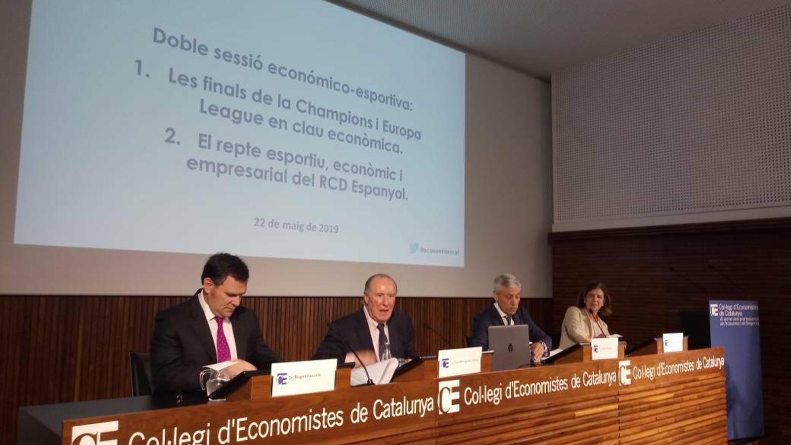 Roger Guasch, a la sessió  sessió económica esportiva sobre el repte econòmic que suposa la classificació europea de l'Espanyol