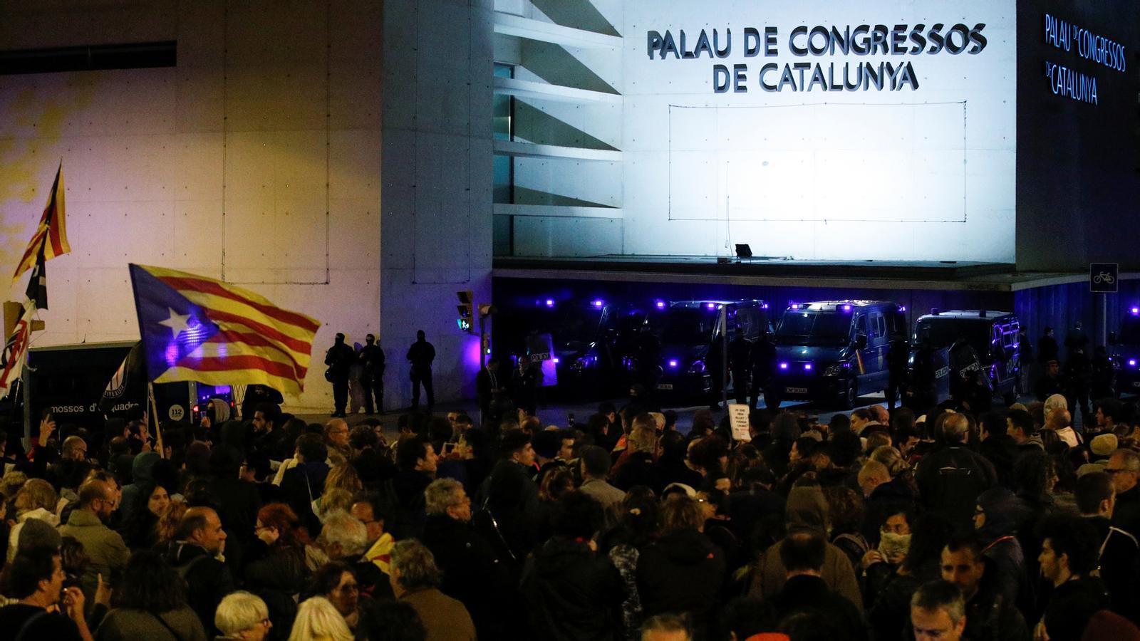 L'anàlisi d'Antoni Bassas: '4.500 policies nacionals i guàrdies civils a Catalunya no són la solució'
