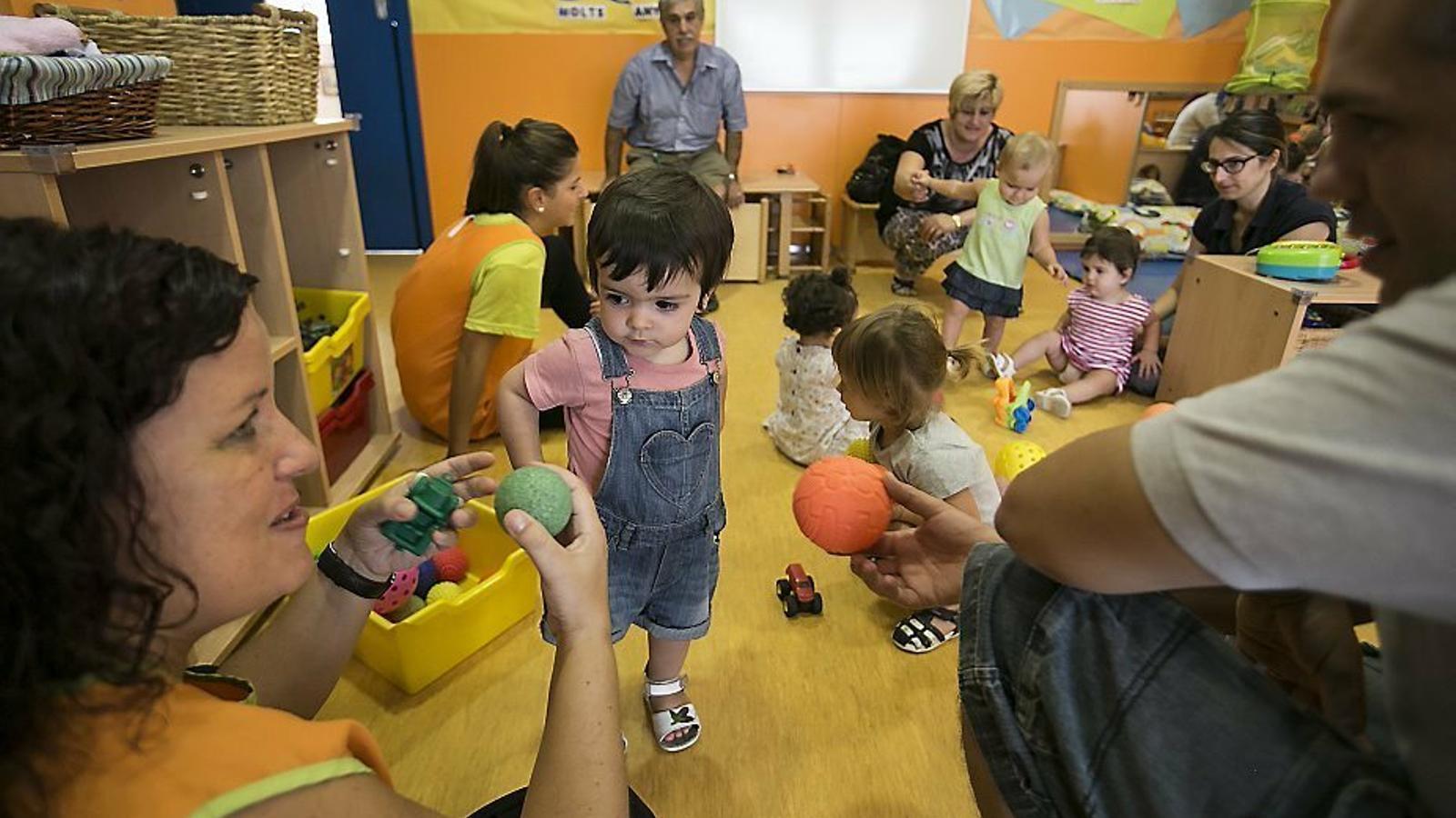 El Patronat d'Escoles Infantils de Palma contractarà personal de suport per atendre nins amb necessitats educatives especials