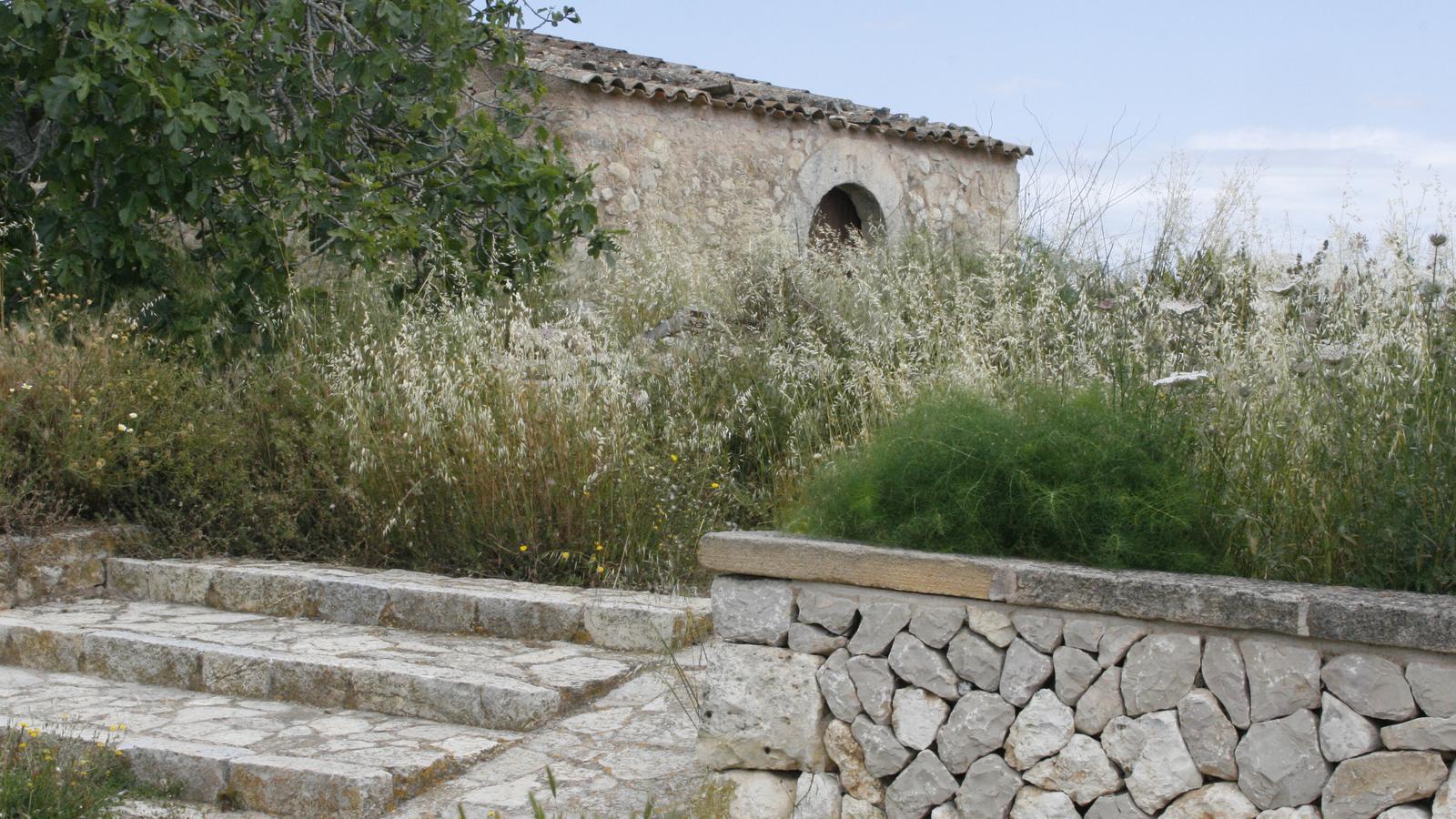 La caseta de Son Pere Jaume i la seva era no són visitables.