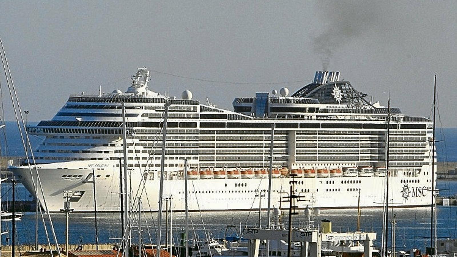 L'arribada de creuers a Palma no es podrà limitar fins al 2022