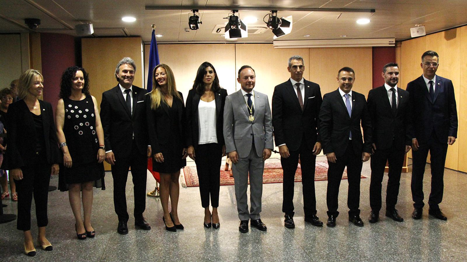 Els nous secretaris d'Estat després de la presa de possessió del càrrec, juntament amb el cap de Govern, Xavier Espot. / M. F. (ANA)