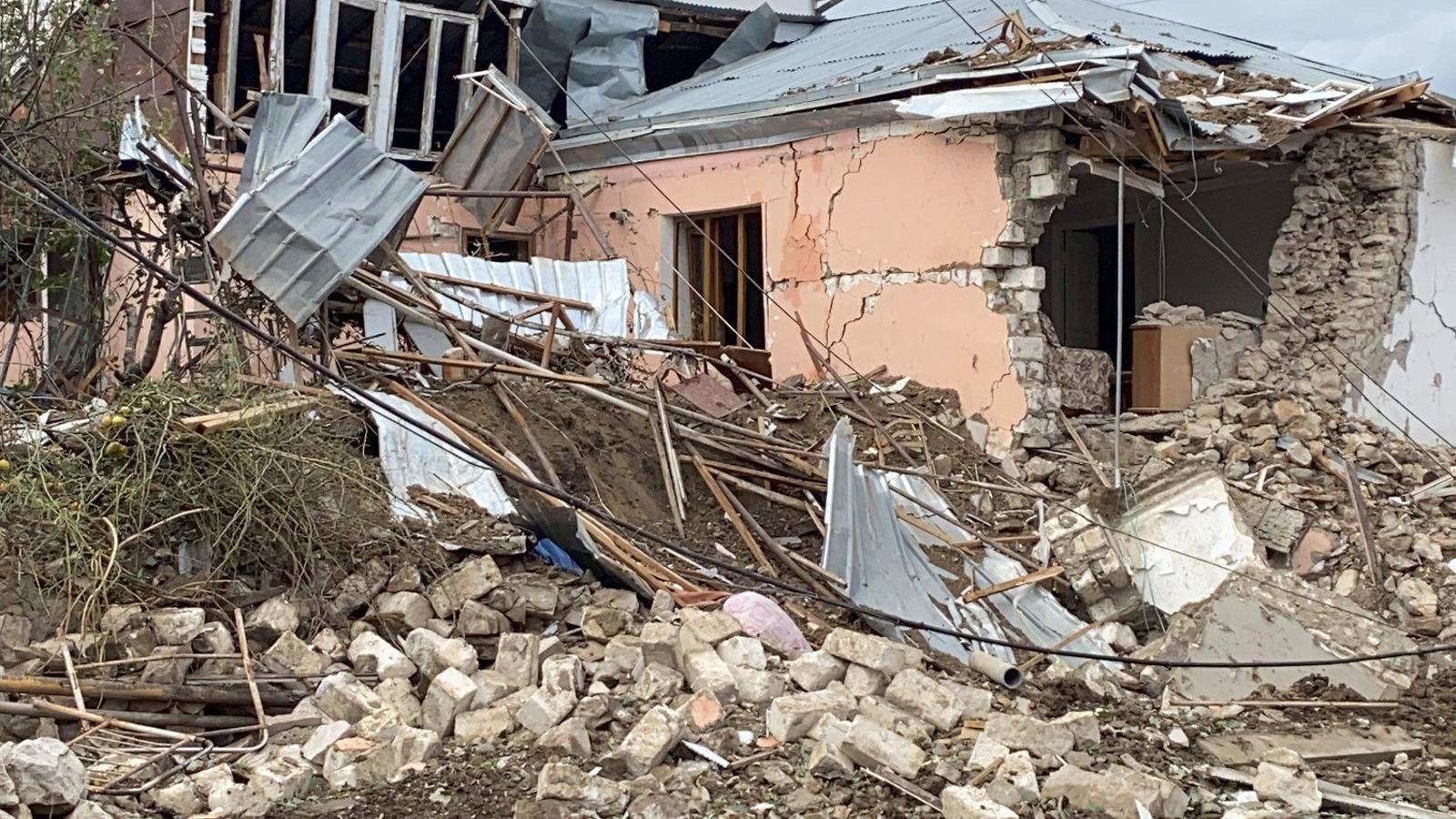 """Plouen bombes sobre Stepanakert: """"L'únic que volem és la pau"""""""