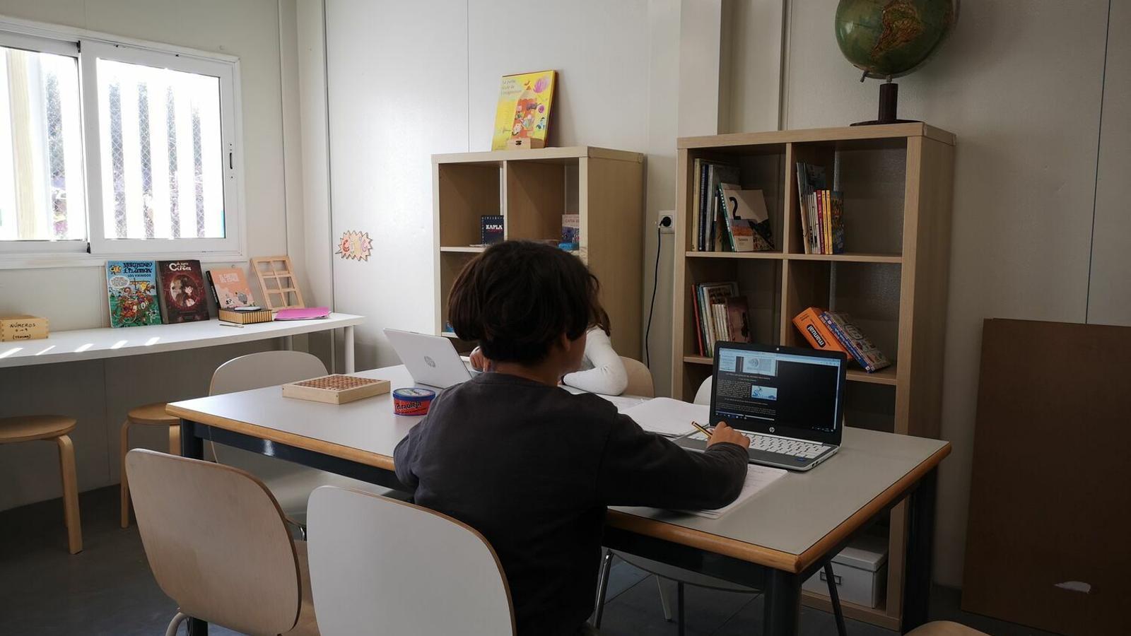 Educació està treballant amb la formació dels docents en les eines d'aprenentatge virtual