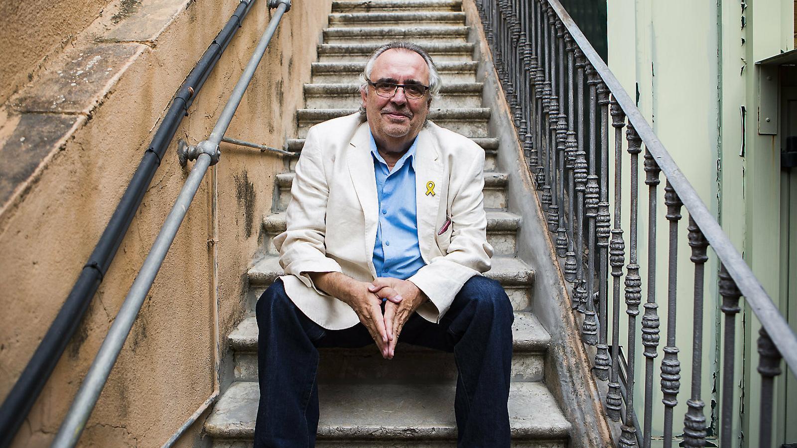 """Joan Lluís Bozzo: """"La ingerència pública ha  desgovernat el món del teatre"""""""