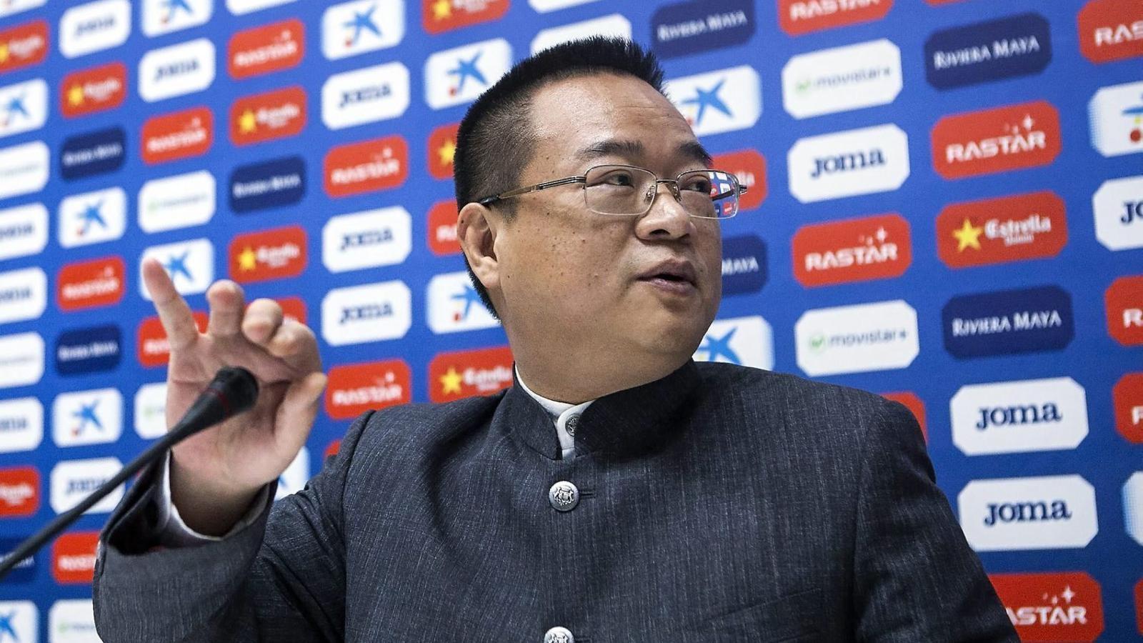 Chen Yansheng va convertir-se al gener en el primer propietari estranger de la història del club, després de succeir Daniel Sánchez Llibre en el càrrec.