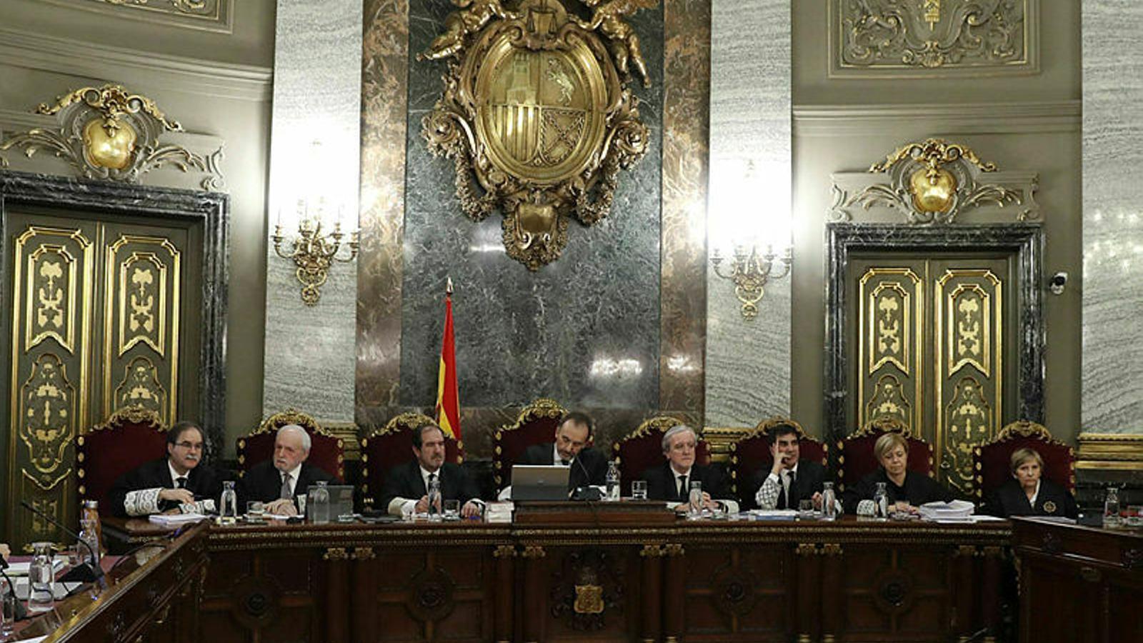 La sentència explicada pels juristes a les 11h amb Antoni Bassas