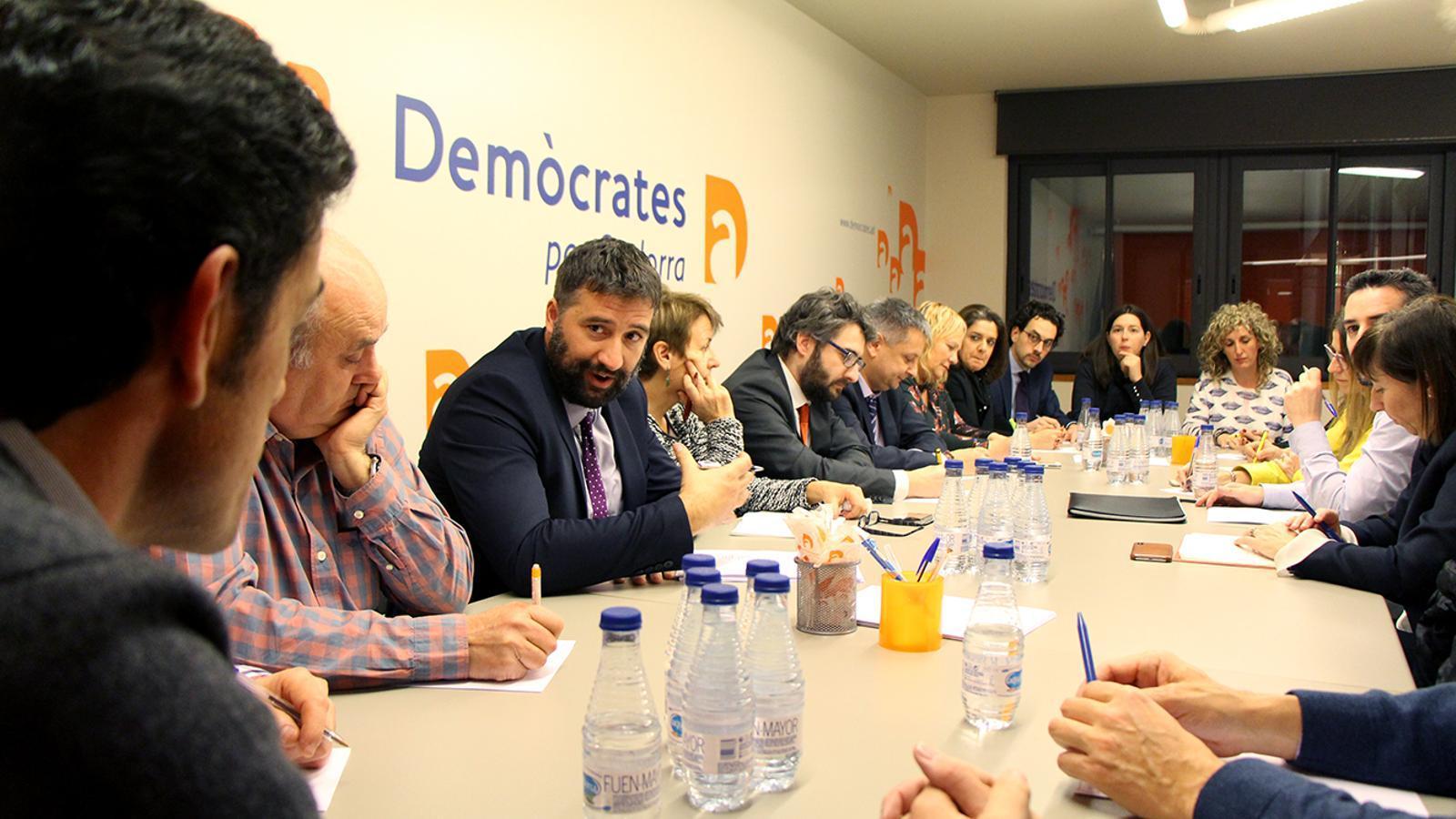La primera reunió de la nova executiva de DA. / M. M. (ANA)