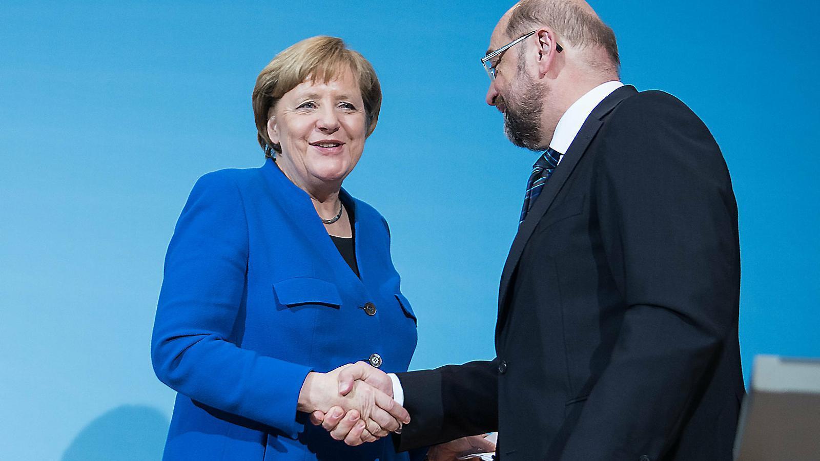 Angela Merkel (CDU) amb Martin Schulz (PSD) tancant el pacte de coalició a Alemanya del 2018.