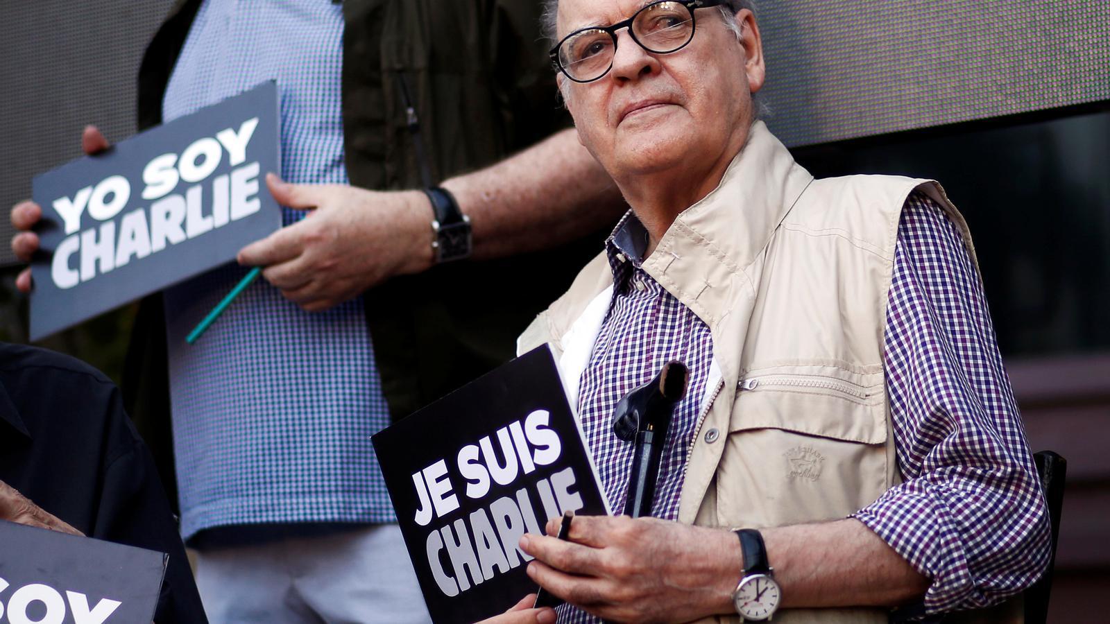 Quino l'any 2015 a Buenos Aires, donant suport a la revista 'Charlie Hebdo'