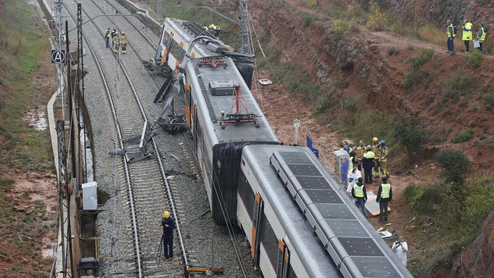 Descarrila Un Tren De Rodalies Per Una Esllavissada I Causa Un Mort