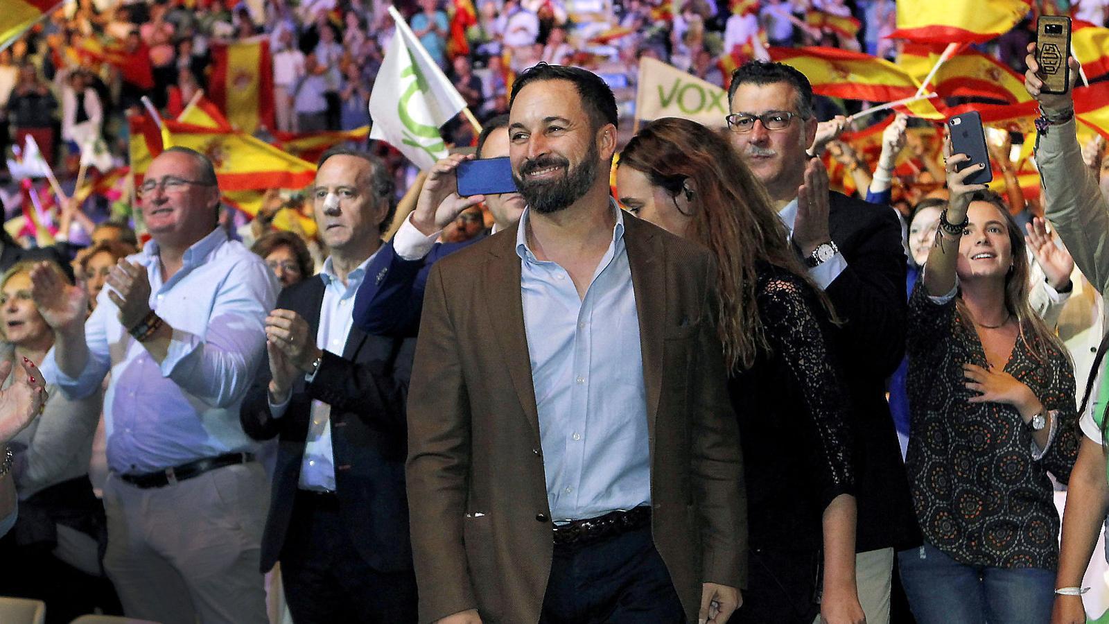 Els ultres de Vox esgarrapen un milió i mig de votants al Partit Popular