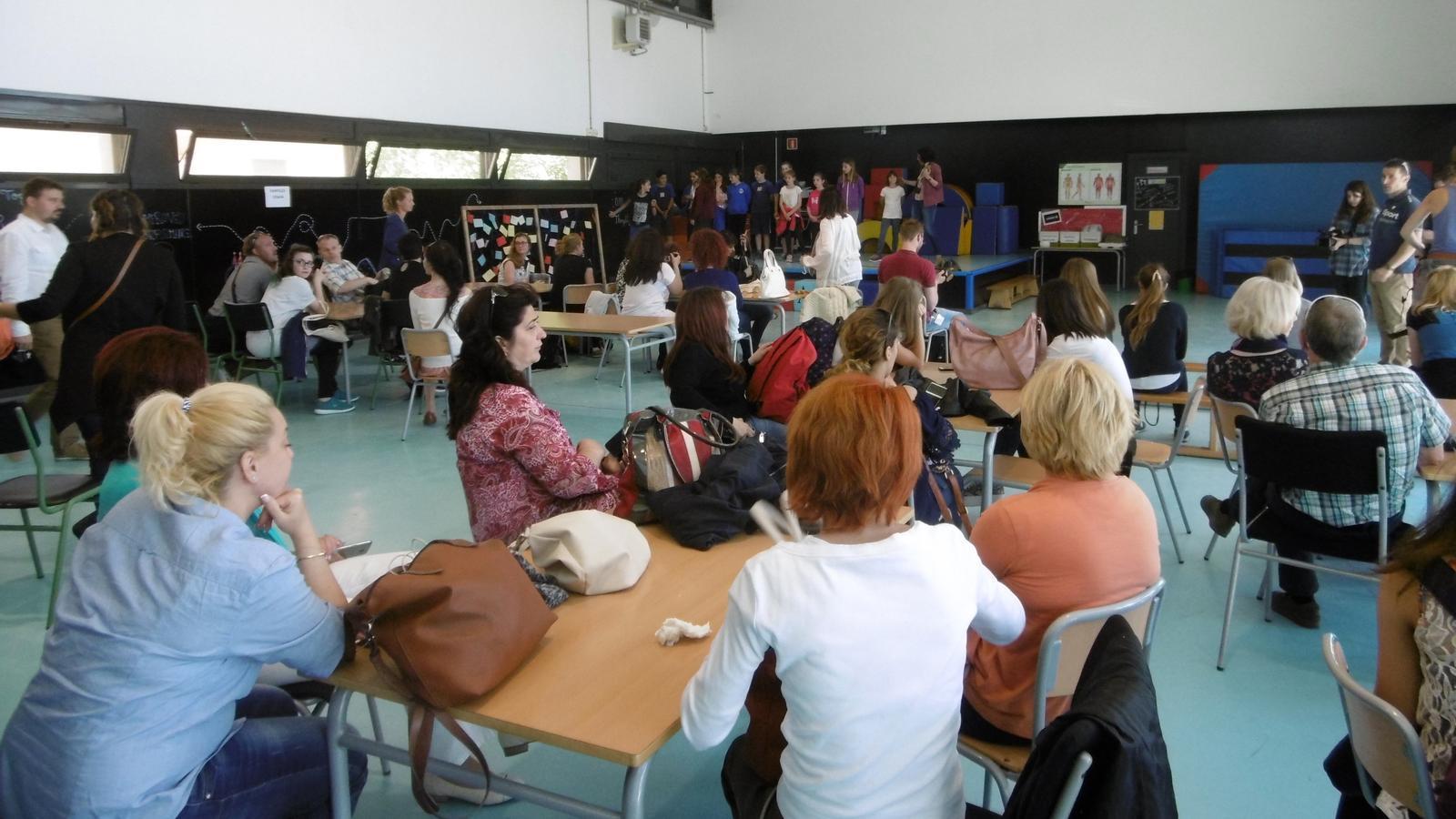Un moment de les jornades, que avui se celebren a l'escola la Draga / Ajuntament de Banyoles