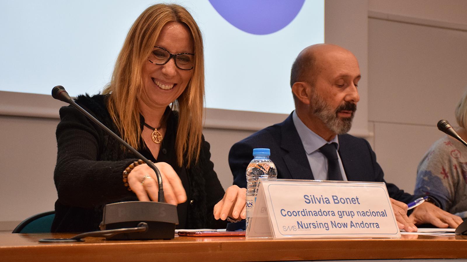 Sílvia Bonet i Joan Martínez Benazet, aquest dilluns a la sala d'actes del SAAS. / A. B. (ANA)