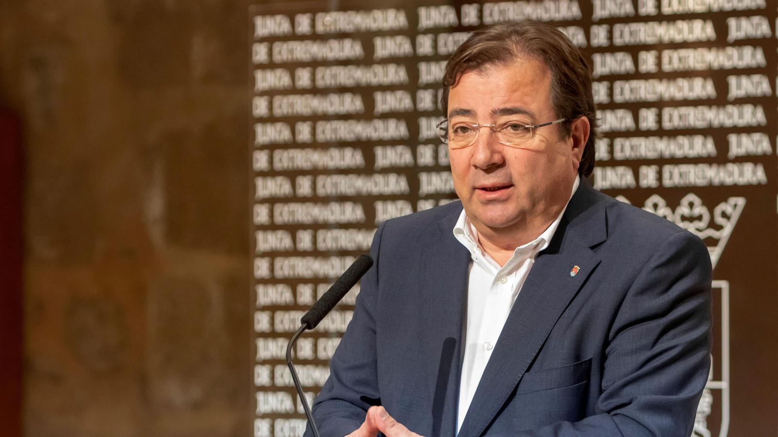 L'anàlisi d'Antoni Bassas: 'Fernández Vara: VD. se contradice'
