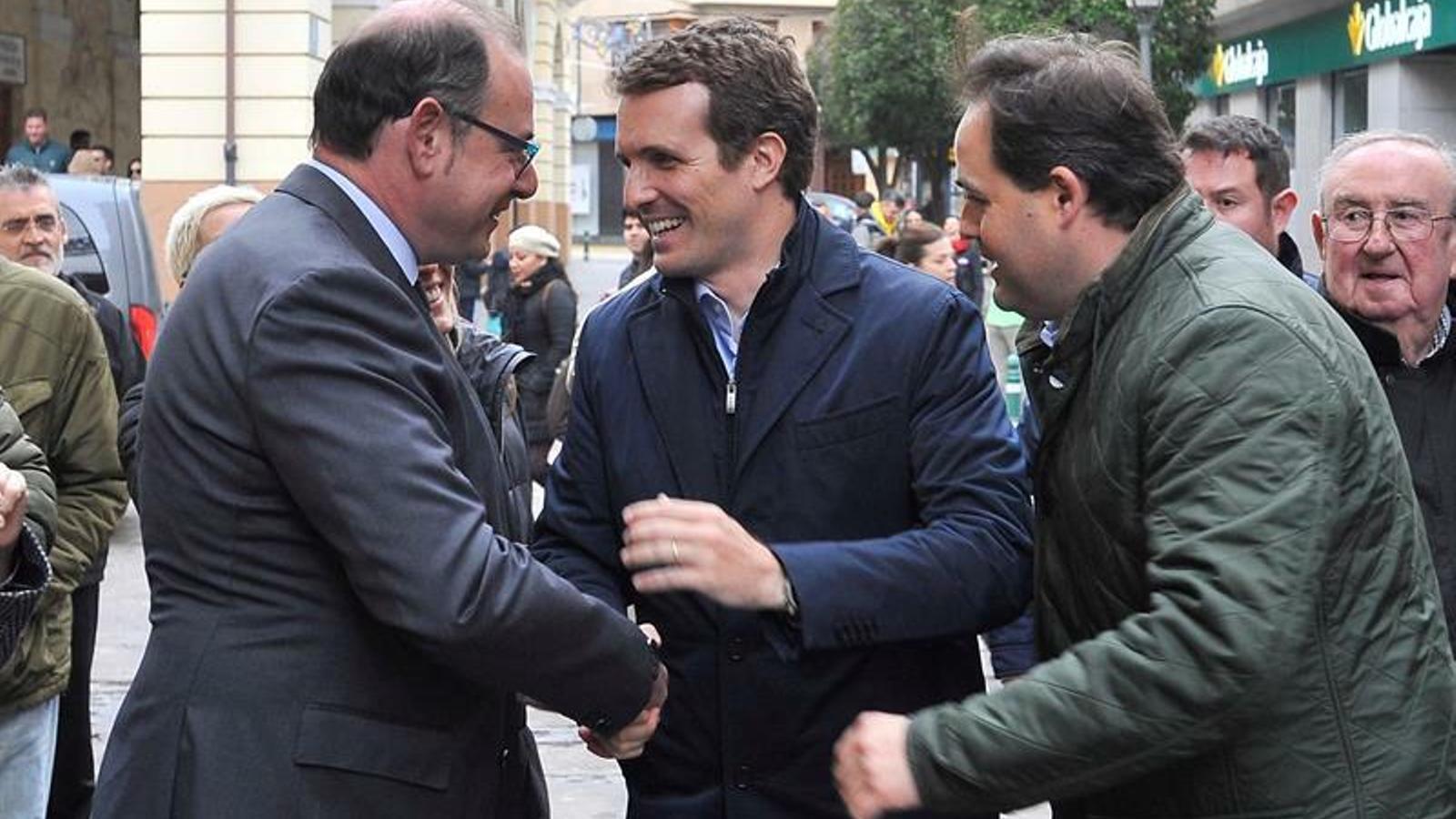 Casado menysprea les enquestes, que li donen la possibilitat de governar a Sánchez