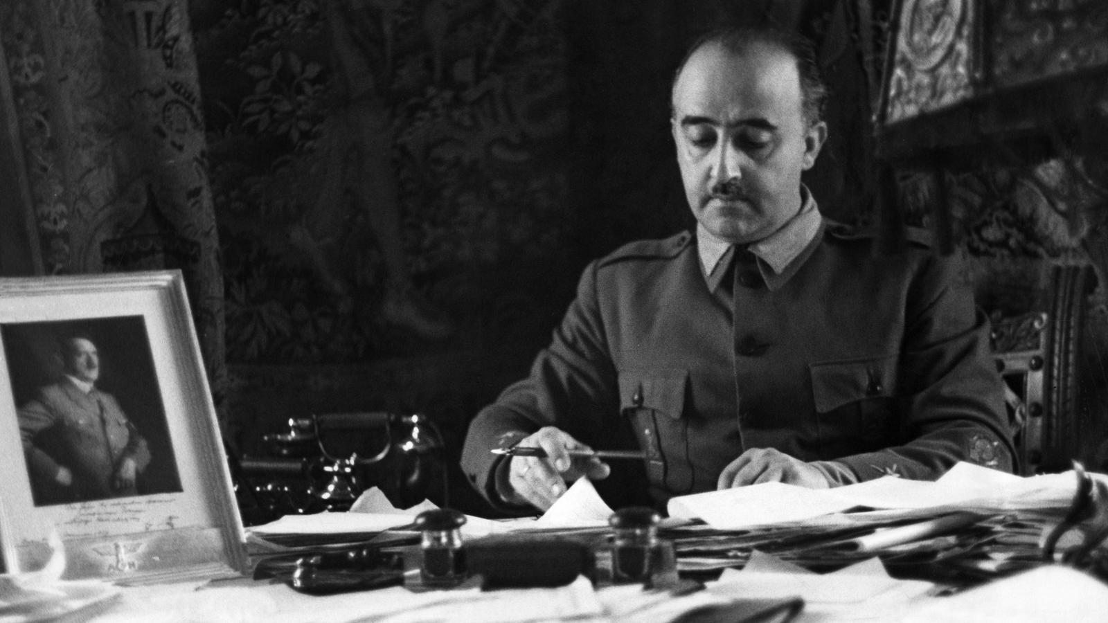 Franco va deixar una herència de 28,5 milions de pessetes a la seva dona i la seva filla