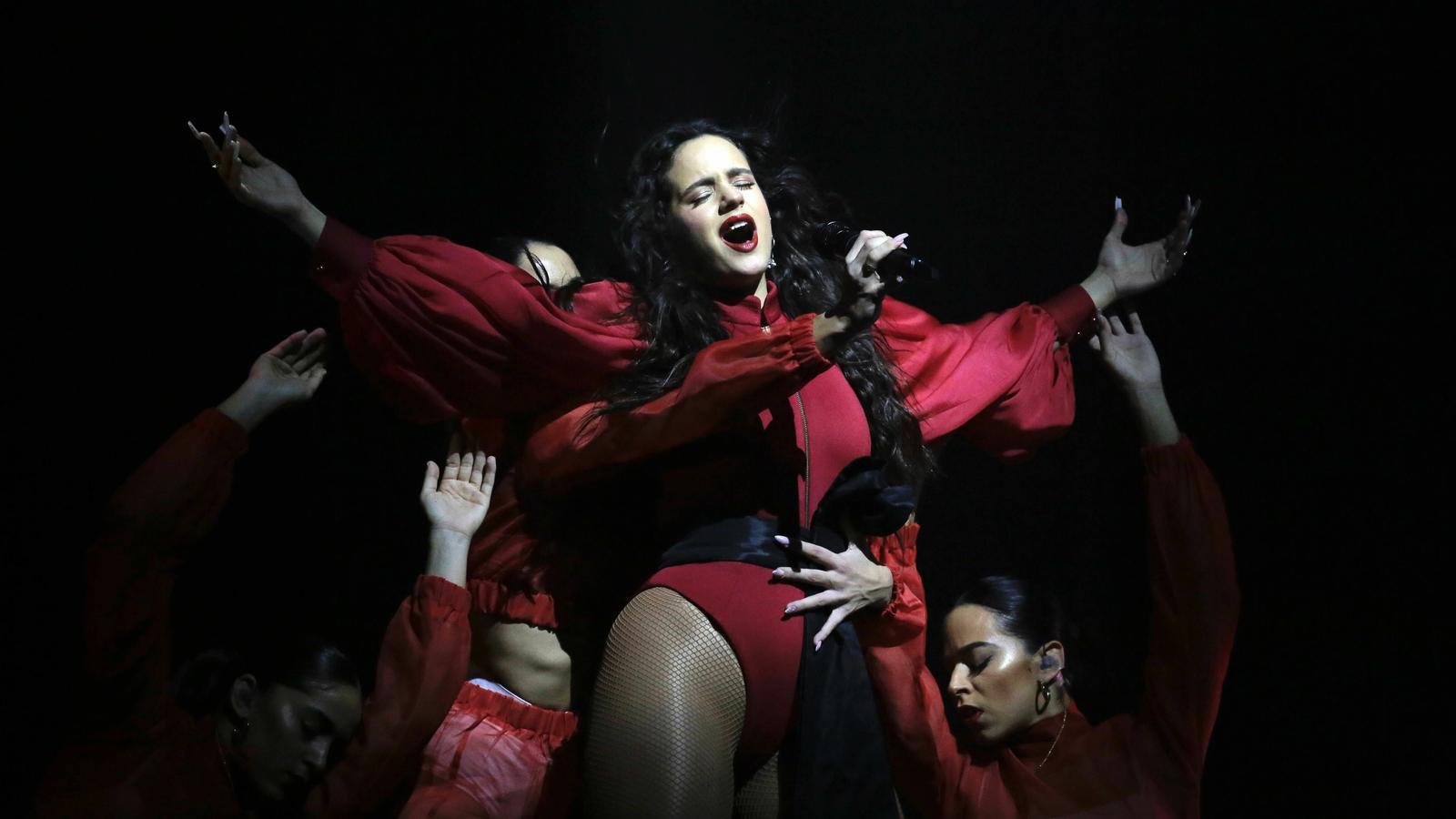 Rosalía fa el seu primer concert al Palau Sant Jordi de Barcelona
