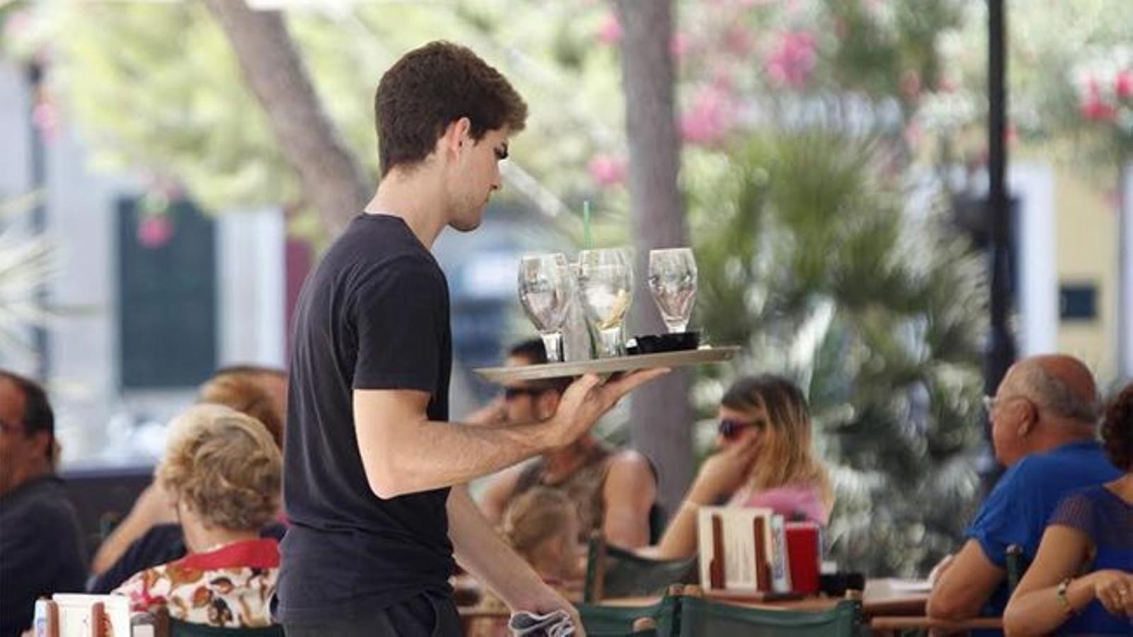 Només 21 de cada 100 joves s'han independitzat dels pares a Catalunya