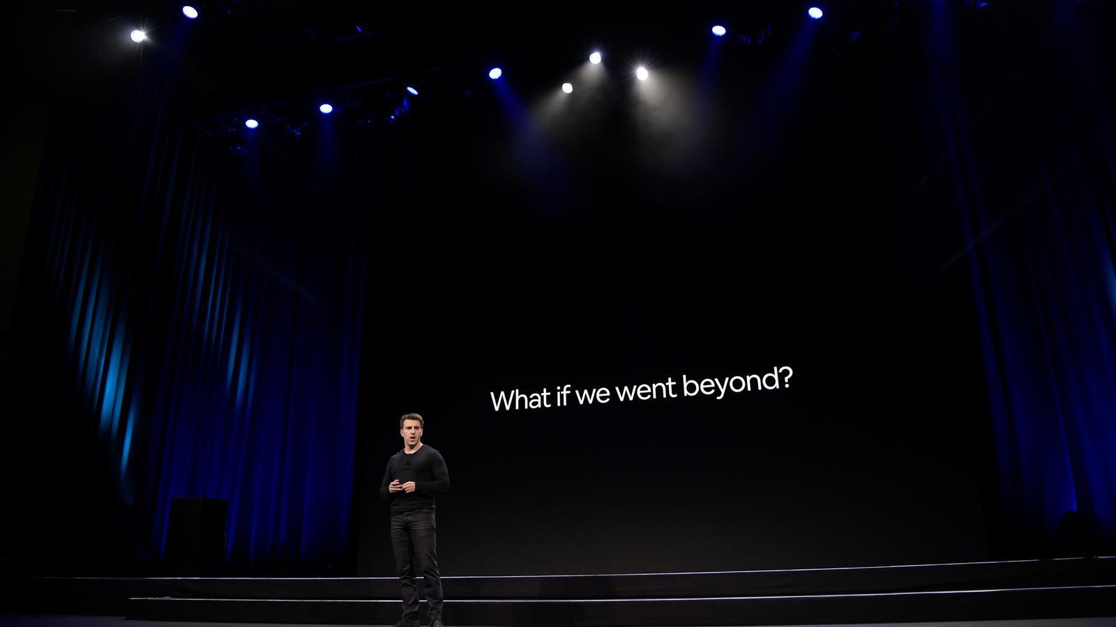 Brian Chesky, conseller delegat i cofundador de la companyia californiana Airbnb, durant l'acte d'avui a San Francisco