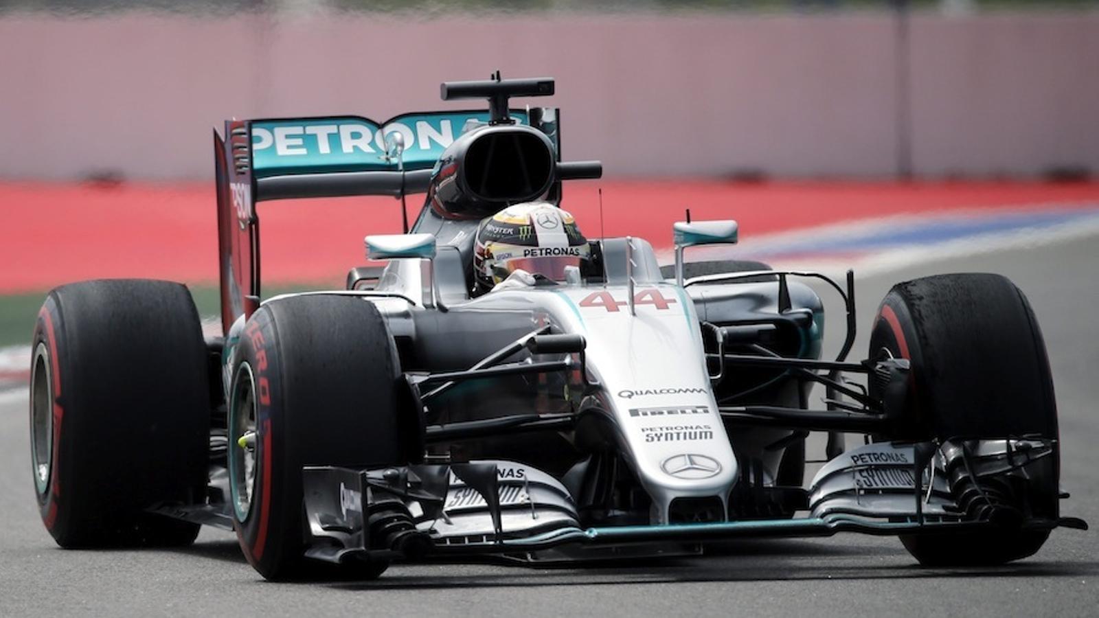 Hamilton s'ha imposat a Vettel als segons entrenaments del circuit de Sotxi