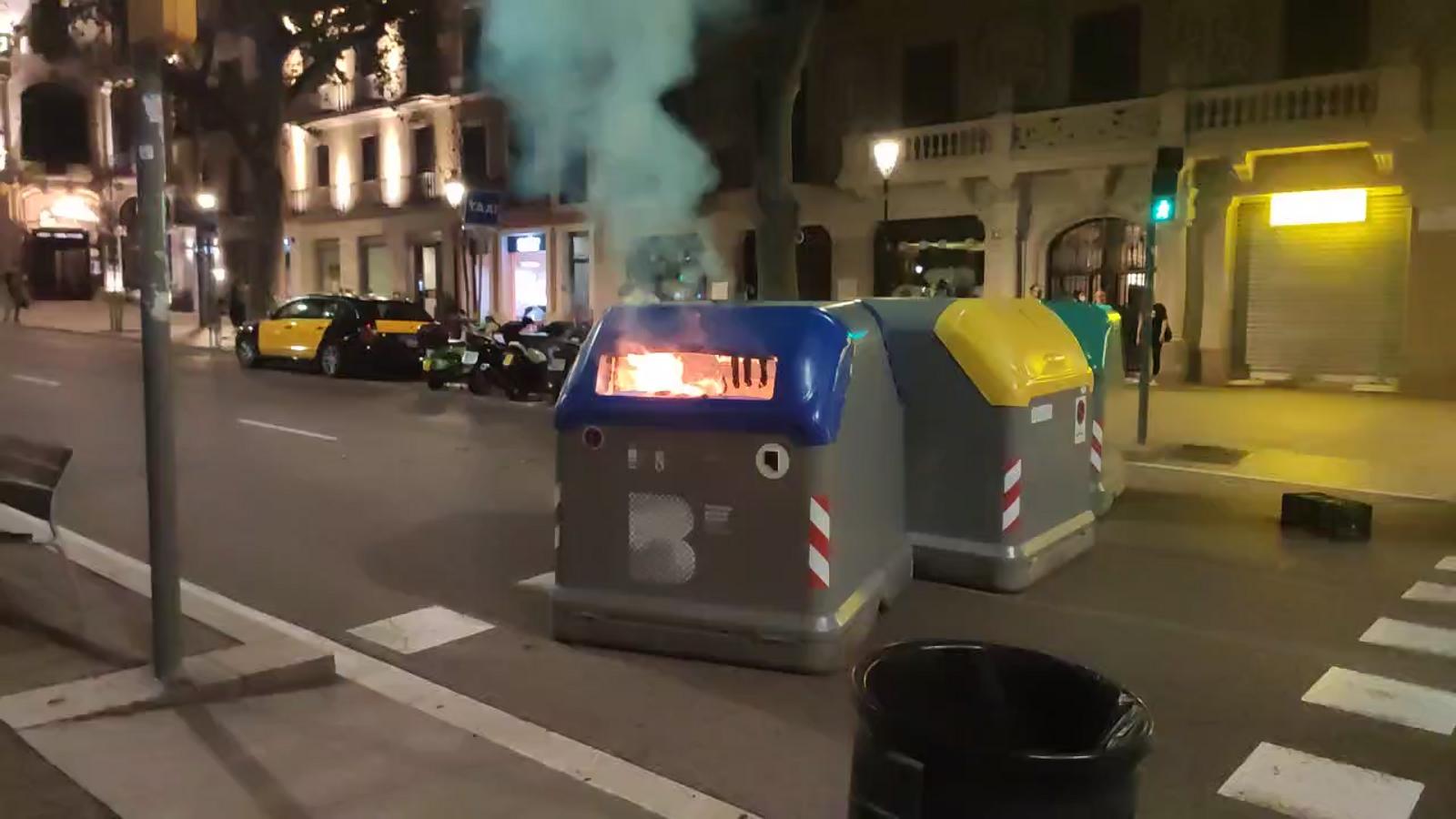 Els CDR cremen alguns contenidors