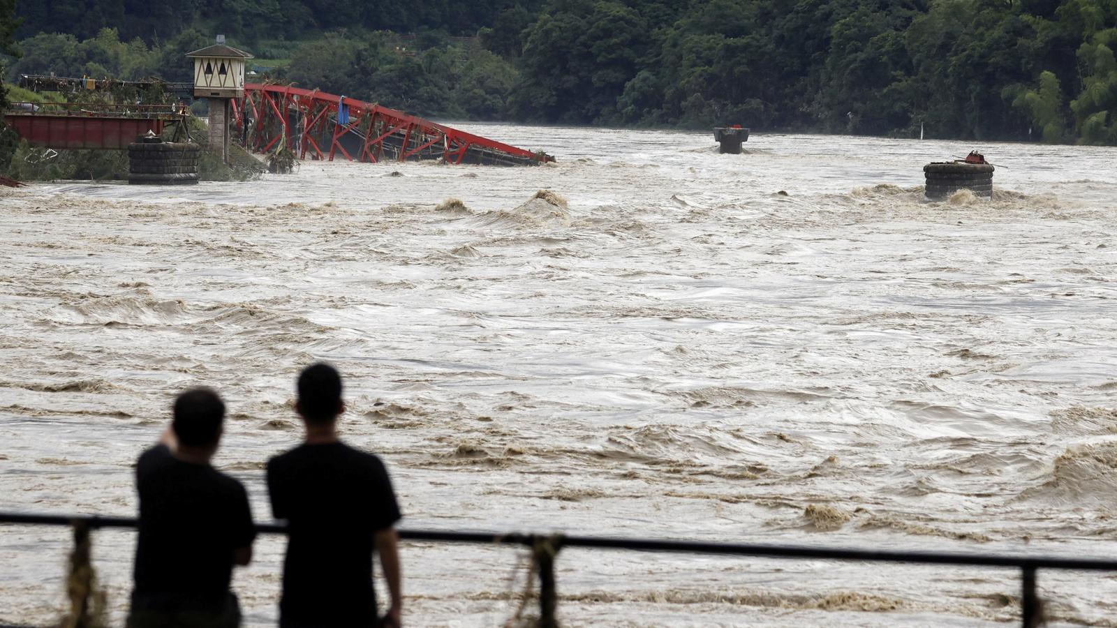 Els aiguats del sud del Japó han deixat més de 1.000 l/m² des de mitjans de juny