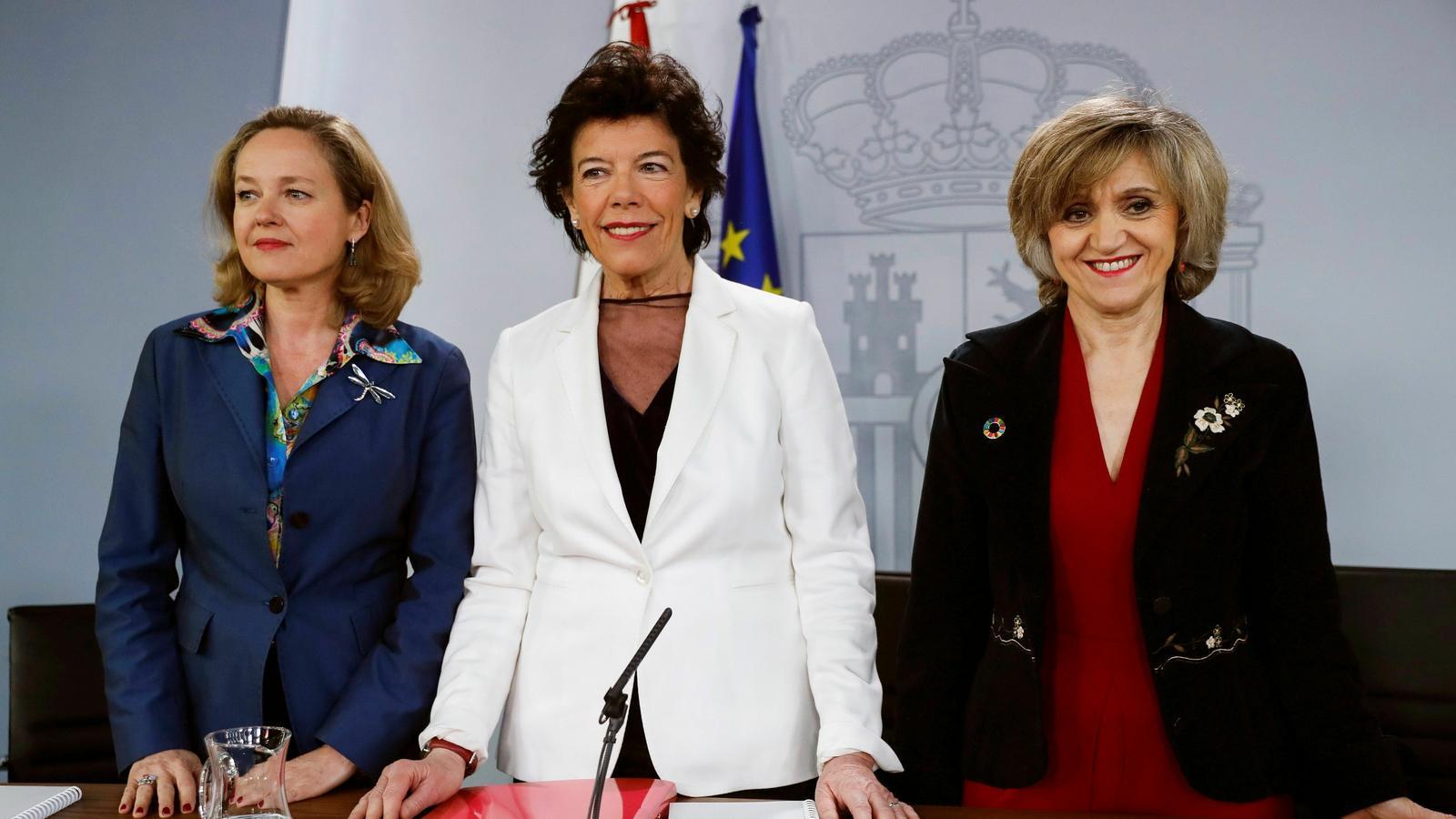 Carcedo, Celaá i Carcedo, durant la roda de premsa posterior al consell de ministres