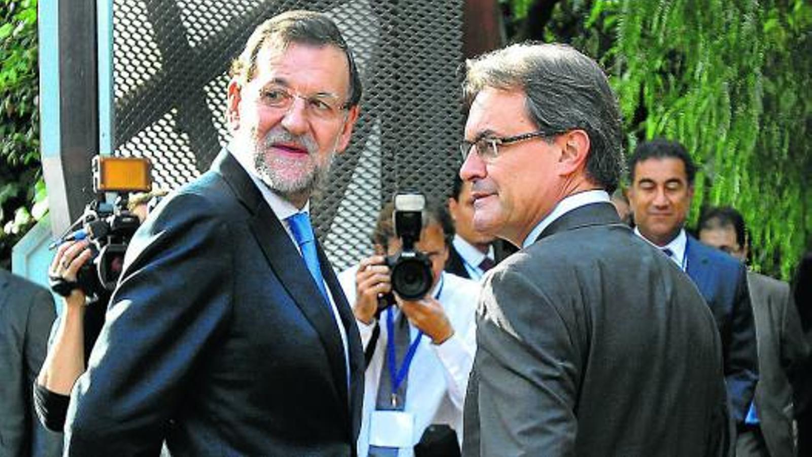 Espanya i el mirall